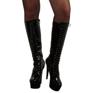 High Heel Stiefel aus Lack